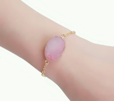 Bracelet or pierre rose