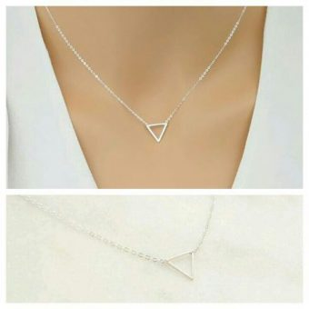 collier triangle argent (1)