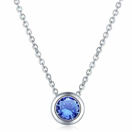 Collier fantaisie bleu klein. Collier avec pendentif oxyde de zirconium bleu plaque argent