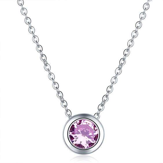 Collier fantaisie violet