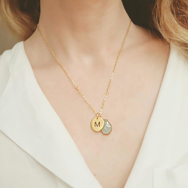 Collier initiale or