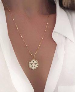 Collier tendance 2019 - Medaille etoile