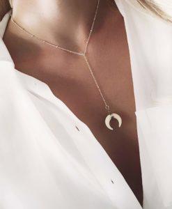 Collier tendance 2019 - pendentif corne blanc argent