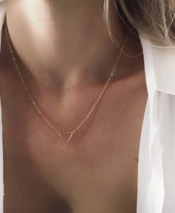Collier tendance 2019 - triangle or