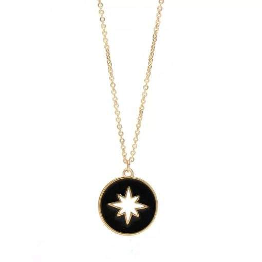 collier medaille etoile emaillee