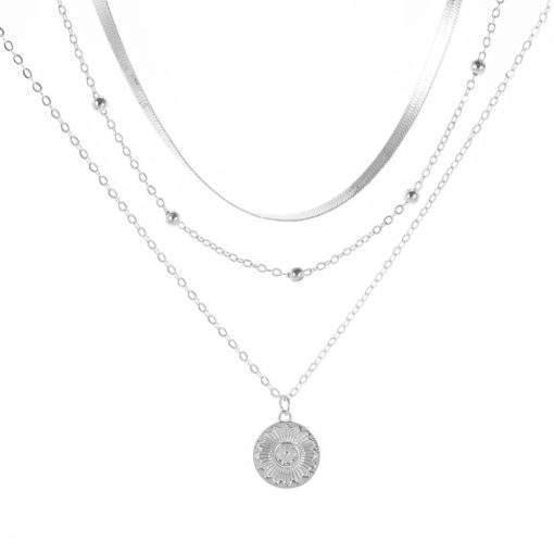 Collier multirangs chaine satellite medaille